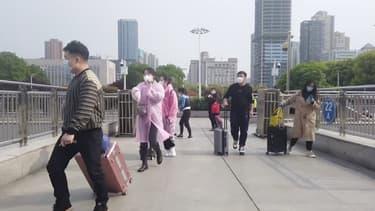 Les autorités ont levé le bouclage de Wuhan.