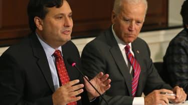 Ron Klain a été le premier chef de cabinet de Joe Biden lorsqu'il était vice-président, à partir de 2009.