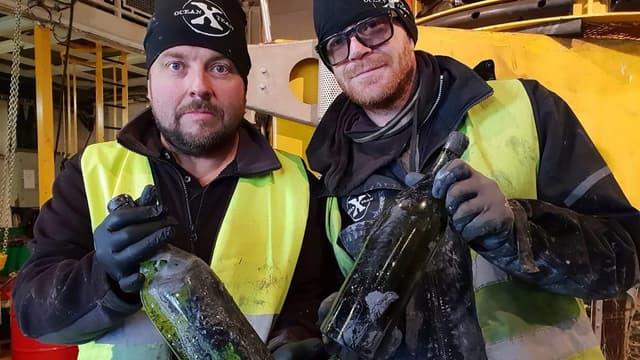 Le 22 octobre, l'entreprise suédoise Ocean X a sauvé de l'épave du Kyros 600 bouteilles de cognac et 300 de Bénédictine