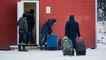 Des cours en contexte sont donnés aux réfugiés pour leur faire appréhender les us et coutumes norvégiennes.