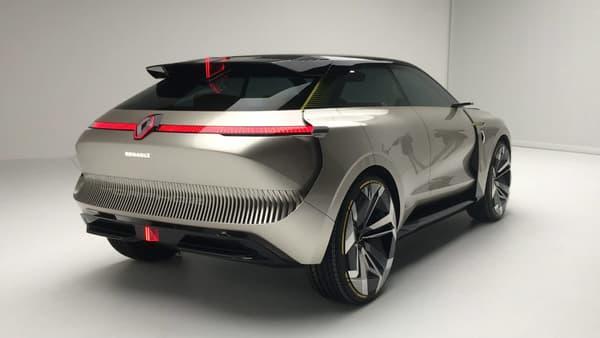 Le Morphoz oscille entre berline et SUV selon les configurations. Il doit aussi préfigurer le futur haut de gamme de Renault.