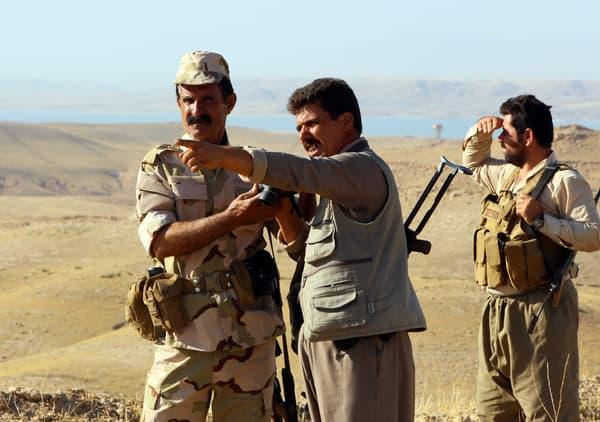 Des peshmergas prennent position près de la ville irakienne de Zumar, dans la province de Mossoul, le 4 septembre 2014.