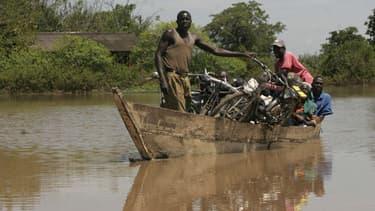 Des habitants du comté de Busia au Kenya ont fait face à d'importantes inondations en septembre 2007