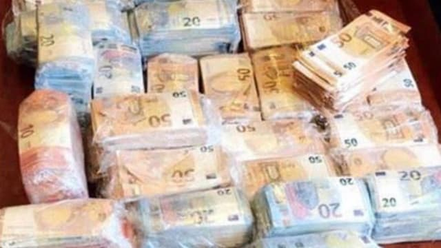 460.000€ en liquide découverts dans une voiture lors d'une interpellation à Drancy, le 7 septembre 2018