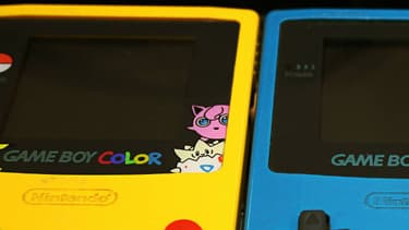 De vieux modèles de Gameboy Color.