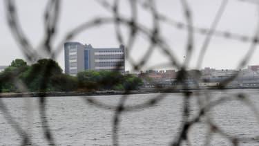 L'immense complexe pénitentiaire de Rikers Island, à côté de New York, aux Etats-Unis. (Photo d'illustration)