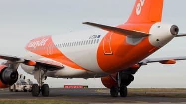 """Des trajets supplémentaires seront annoncés dans les semaines à venir, à mesure que la demande augmente et que les mesures de confinement en Europe sont assouplies"""" souligne la compagnie aérienne Easyjet."""