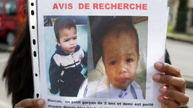 Le petit Marcus est âgé de deux ans et demi.