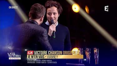 Vianney a remporté la Victoire de la Chanson originale de l'année.