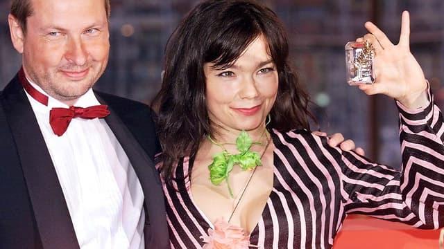 """Bjork et Lars Von Trier au festival de Cannes en mai 2000 pour leur film """"Dancer in the dark""""."""