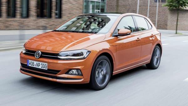 """La Volkswagen Polo remporte le Prix """"Voiture Connectée de l'Année""""."""