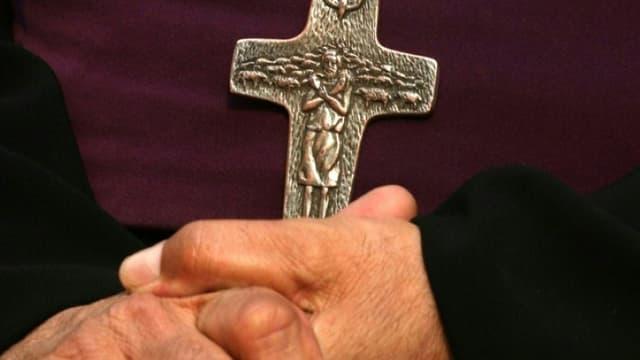 La Commission indépendante sur les abus sexuels dans l'Eglise (Ciase) catholique a reçu au total 6.500 appels de victimes présumées ou témoins