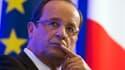 La cote de popularité de François Hollande continue de reculer en octobre, avec 41% de satisfaits (-6 points par rapport à septembre) contre 59% (+7) de mécontents, selon le tableau de bord politique Ifop pour Paris Match diffusé mardi. /Photo prise le 9