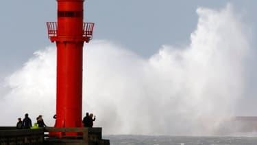 La tempête Christian secoue la mer au large de Boulogne sur Mer, ce 28 octobre 2013.