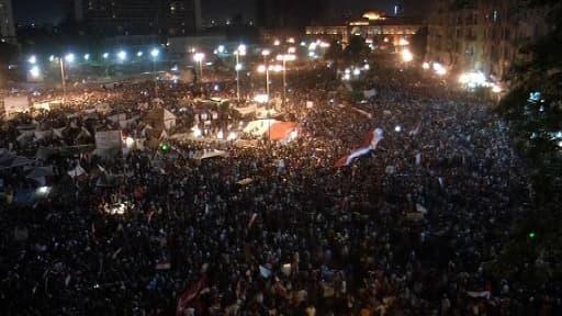 Comme en 2011 pour Moubarak, le peuple egyptien s'est réuni place Tahrir au Caire pour réclamer le départ du président islamiste Mohamed Morsi