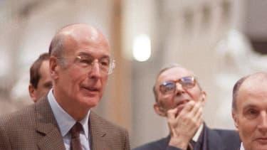François Mitterrand et Anne Pingeot (de dos) ont vécu leur amour en secret.