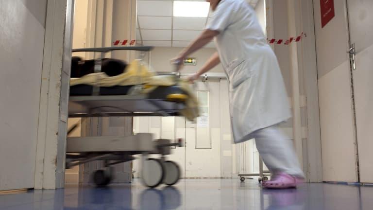 Taux d'incidence, tension hospitalière.. Les indicateurs préoccupants de l'épidémie en Île-de-France - BFMTV