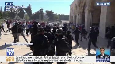 Des affrontements entre policiers israéliens et fidèles musulmans sur l'esplanade des Mosquées à Jérusalem ont fait des dizaines de blessés