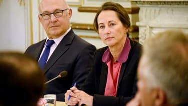Michel Sapin a opposé une fin d e non-recevoir à sa collègue de l'Ecologie au sujet des poids lourds étrangers.