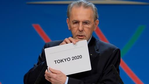 Jacques Rogge, président du Comité international olympique, annonce la victoire de Tokyo pour accueillir les Jeux olympique d'été en 2020 le 7 septembre 2013.