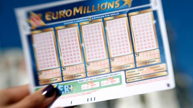 Un ticket d'Euromillions, photo prise en 2012
