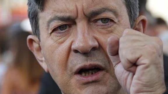 """Jean-Luc Mélenchon a présenté dimanche comme """"un petit politicien de province sans imagination"""" le Premier ministre Jean-Marc Ayrault, qui avait reproché cet été au dirigeant du Front de gauche, de retour d'un voyage au Venezuela, de manquer de """"connaissa"""