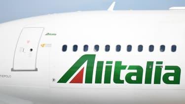 """Air France-KLM n'a """"pas participé au processus lancé par les autorités italiennes"""" pour la reprise d'Alitalia."""