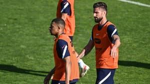 Kylian MBAPPE et Olivier GIROUD