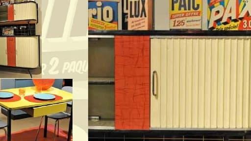Au salon du Vintage, qui se tient du 22 au 24 mars à Paris , seront exposés des meubles, mais aussi des vêtements, des bijoux, des objets comme des disques et des horloges.