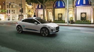 Waymo, la filiale de Google dédiée aux véhicules autonomes, a annoncé l'acquisition de 20.000 exemplaires de l'I-Pace, la première voiture 100% électrique de Jaguar.