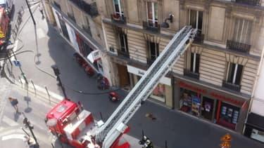L'incendie s'est déclaré dans un appartment de la rue du Commerce dans le XVe arrondissement de Paris