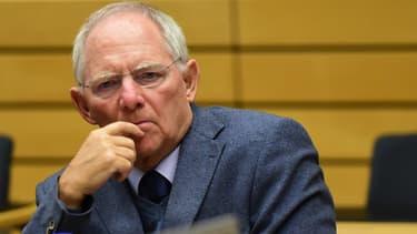 Wolfgang Schäuble défend, devant le Bundestag, le troisième plan d'aide à la Grèce.