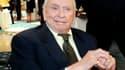 L'écrivain américain Gore Vidal, célèbre pour ses observations acérées sur la culture américaine et ses rapports conflictuels avec les auteurs de son temps, est mort mardi à l'âge de 86 ans des suites d'une pneumonie. /Photo d'archives/REUTERS/Mario Anzuo