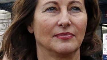 """Ségolène Royal tente le pari de revenir à l'Assemblée nationale, qu'elle ambitionne de présider, dans une circonscription acquise à la gauche mais où elle a fort à faire face à un ex-socialiste exclu du parti pour s'être opposé à son """"parachutage"""". /Photo"""