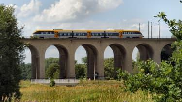 La filiale de la SNCF exploite déjà des services de trains régionaux en Europe: au Royaume-Uni, aux Pays-Bas et en Allemagne.