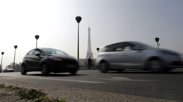 Anne Hidalgo souhaite la fin des véhicules thermiques à l'horizon 2030 à Paris.