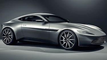 Cette voiture a été conçue pour le 24ème James Bond afin de célébrer le 50e anniversaire du duo.