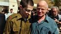 Le père de Gilad Shalit, a déclaré que son fils, libéré après plus de cinq ans de captivité dans la bande de Gaza, avait parfois traité avec brutalité par ses gardiens et qu'il faudrait du temps pour qu'il se remette totalement de ses épreuves. /Photo pri