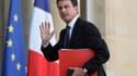 """Manuel Valls s'est dit """"déterminé à ce qu'il n'y ait aucune pénurie"""" de carburant en France."""
