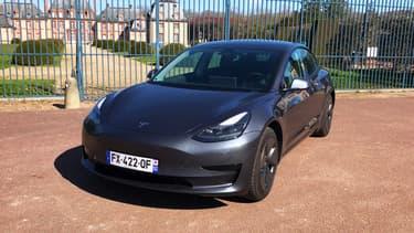 """La version """"Autonomie Standard Plus"""" (ou SR+) de la Model 3."""