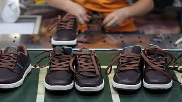 La Chine exporte principalement des chaussures, des jouets, des meubles.