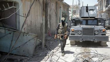 Les forces irakiennes poursuivent leur percée dans la vieille ville de Mossoul, le 25 juin 2017