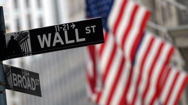 La fusion Johnson Controls-Tyco va faire renaître le débat sur les opérations financières dont l'objectif est d'alléger le taux d'imposition des sociétés. Un débat politique qui posera sans doute question à nouveau au milieu de la campagne présidentielle.