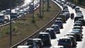 La tendance à la baisse du nombre victimes d'accidents de la route s'est confirmée au cours des six premiers mois de 2010 en France. Le nombre de morts est tombé de 8.253 en 2001 à 4.273 en 2009. /Photo d'archives/REUTERS/Régis Duvignau