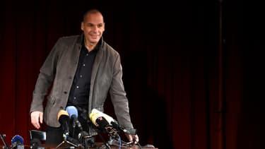 Yanis Varoufakis a salué le rôle d'Emmanuel Macron dans les négociations avec la Grèce.