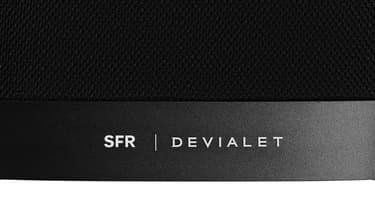 SFR s'est allié avec Devialet pour sa première enceinte, disponible en deux versions.