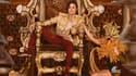 """Un hologramme de Michael Jackson interprète """"Slave to the rythm"""" sur la scène des Billboard Music Awards."""