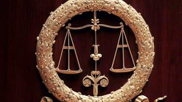 La mère de famille des Landes, déjà poursuivie pour un infanticide en septembre 2013, a reconnu devant la juge d'instruction une part de responsabilité dans la mort d'un deuxième bébé né un an plus tôt.