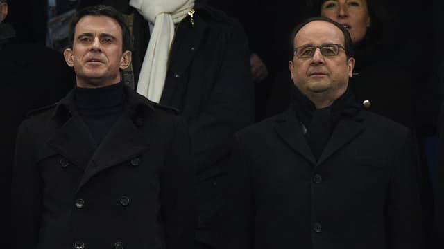 Manuel Valls et François Hollande au Stade de France, le 19 mars.