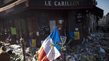 15 personnes ont été abattues devant Le Carillon.